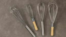 06_whisks_onecolumn
