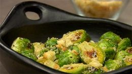 Roasted Brussels Sprouts w/ Lemon Breadcrumbs