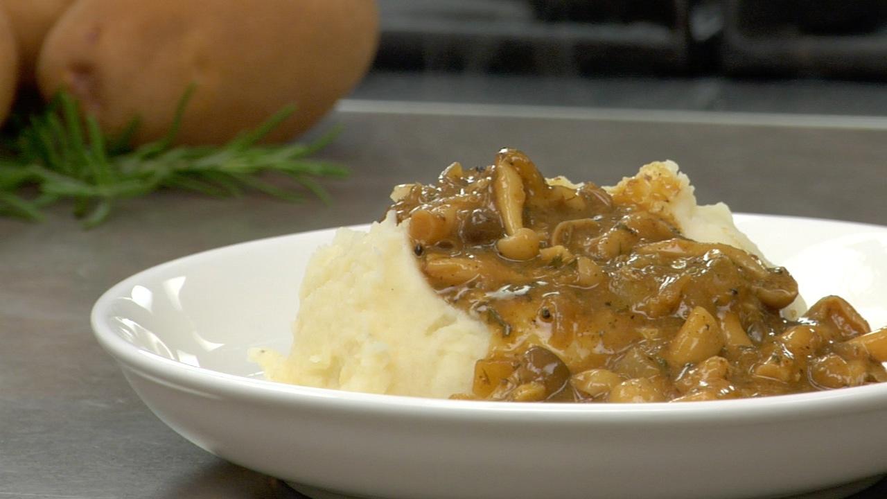 Wild Mushroom Gravy | No-Oil Recipe Text | Rouxbe Cooking ...