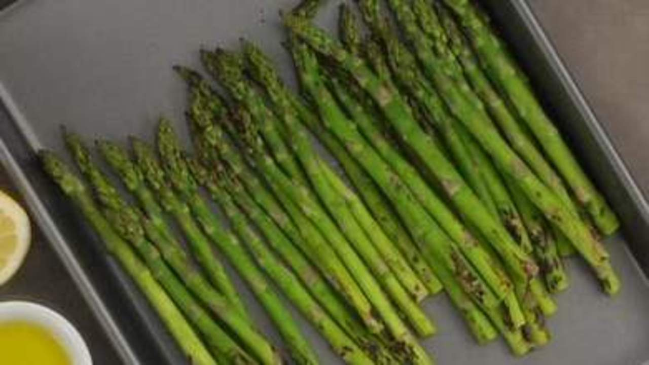 Prepping and Serving the Asparagus