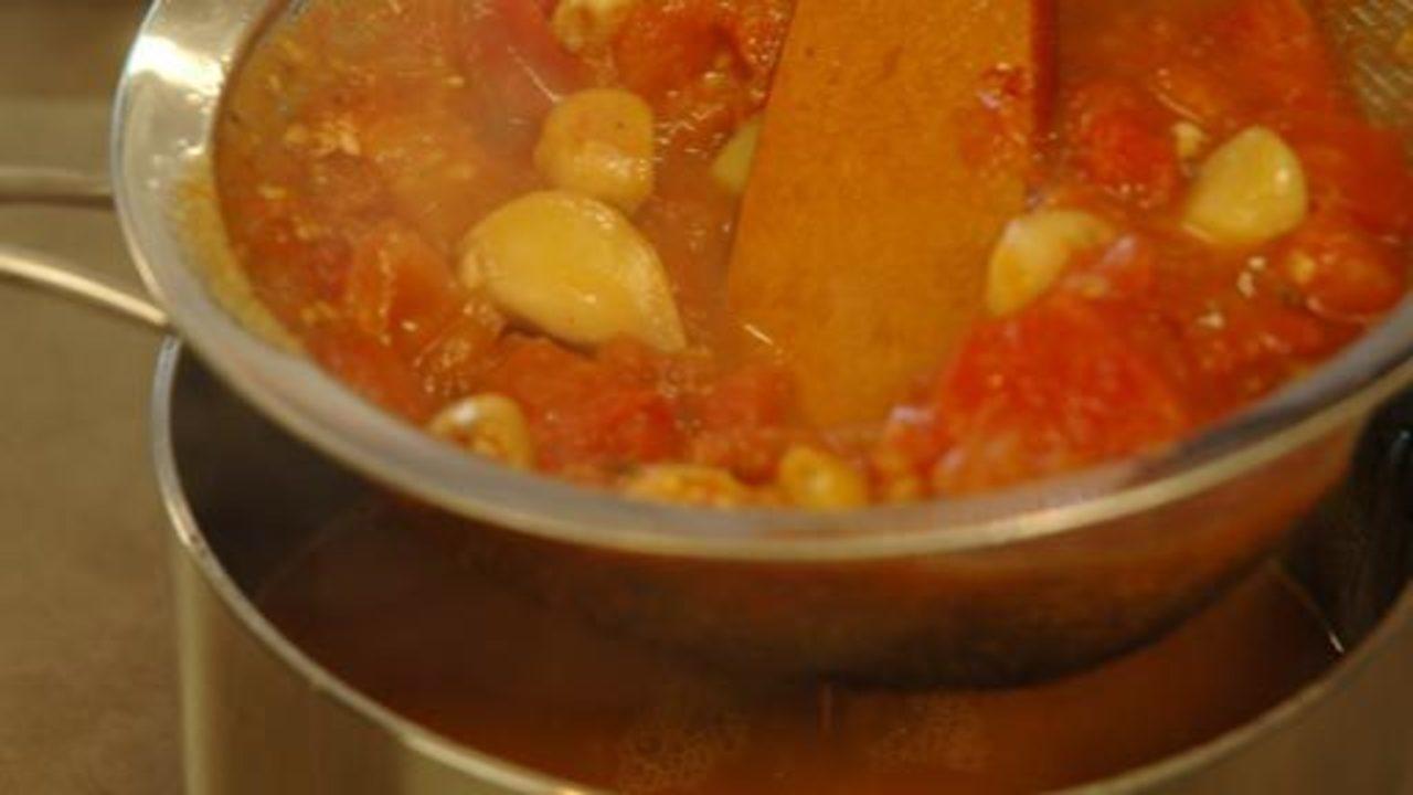 Reducing & Straining the Sauce
