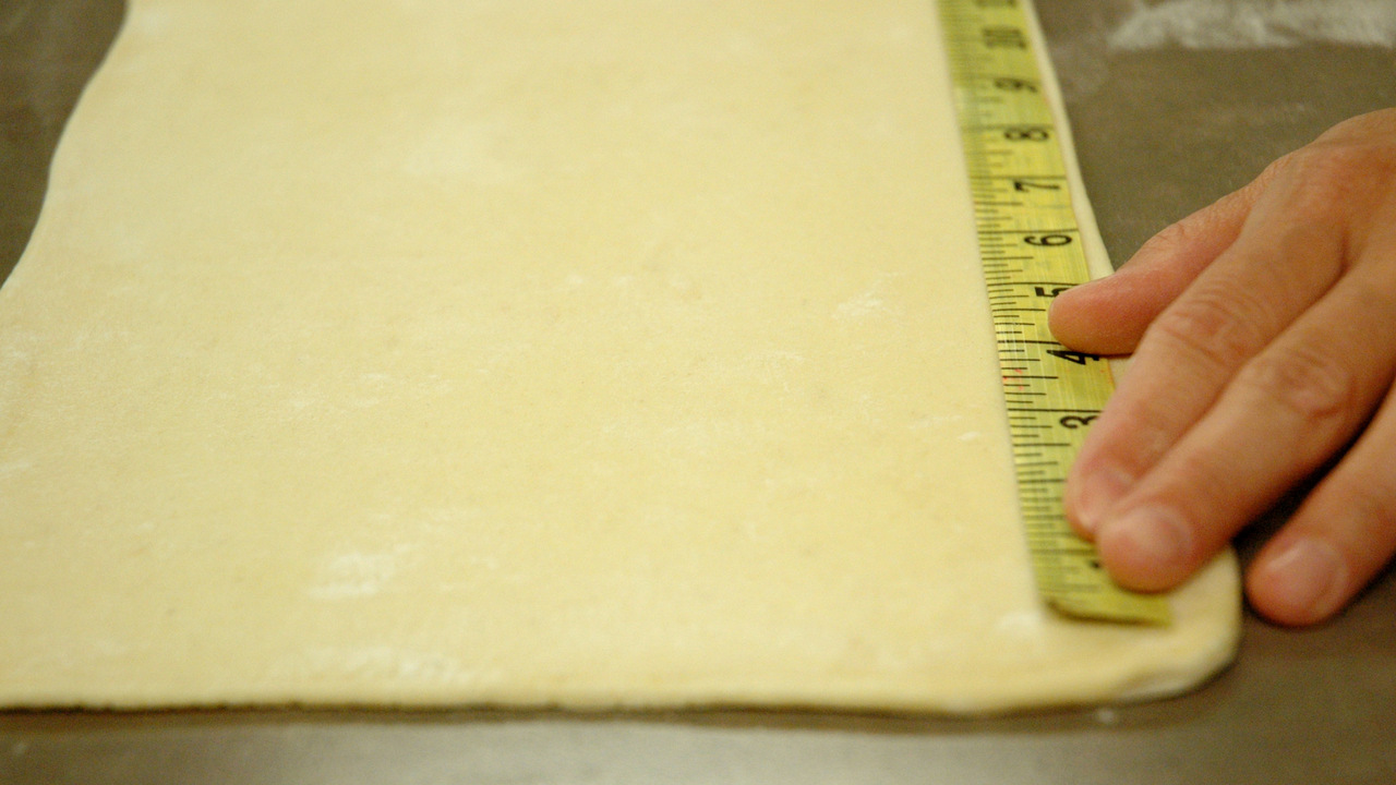 Rolling & Measuring the Puff Pastry