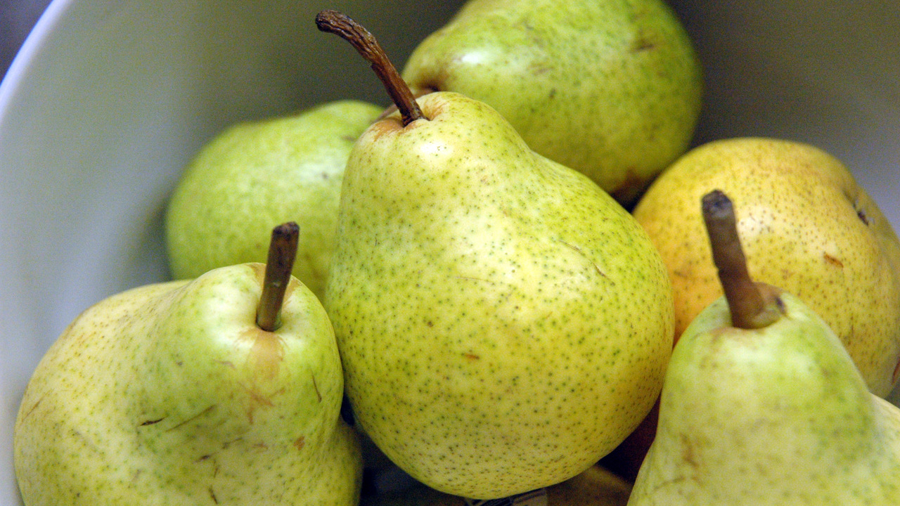 Buying the Pears