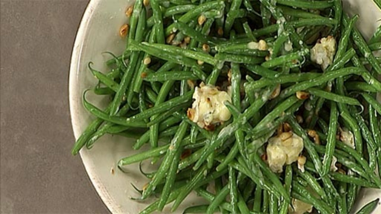 Green Beans With Cambozola & Pinenuts