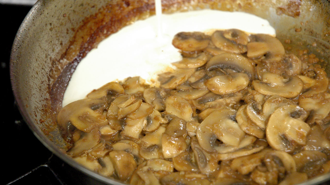 Finishing the Mushroom Cream Sauce