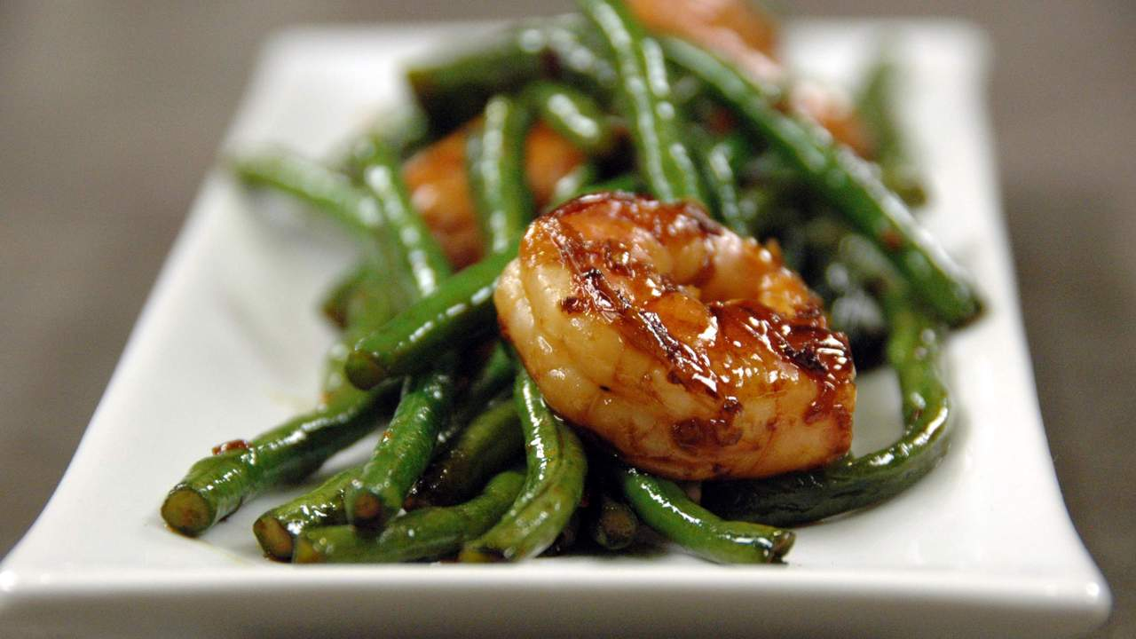 Spicy Green Bean And Shrimp Stir Fry