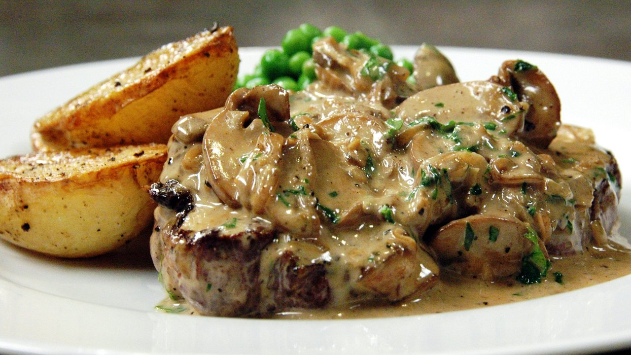 Steak Diane W Saut 233 Ed Potatoes Amp Peas Recipe Text