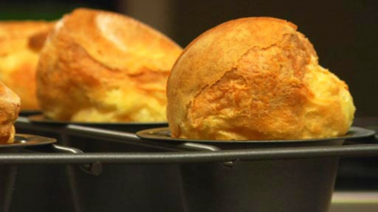 Popovers Yorkshire Puddings Rouxbe Online Culinary School