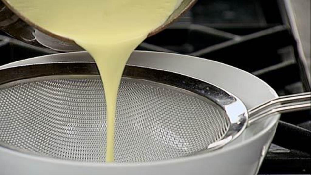Making Crème Anglaise