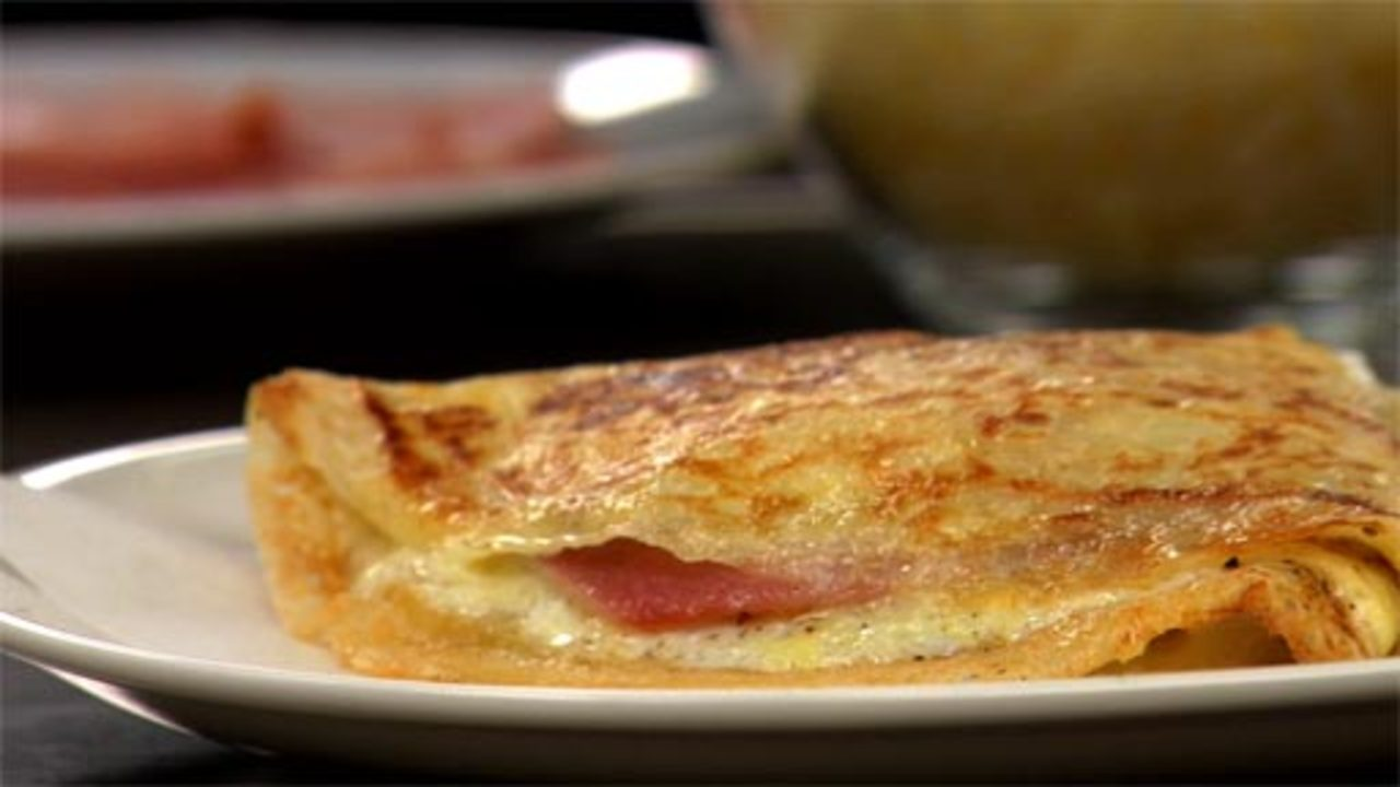 Crêpes With Ham, Egg & Gruyere Cheese