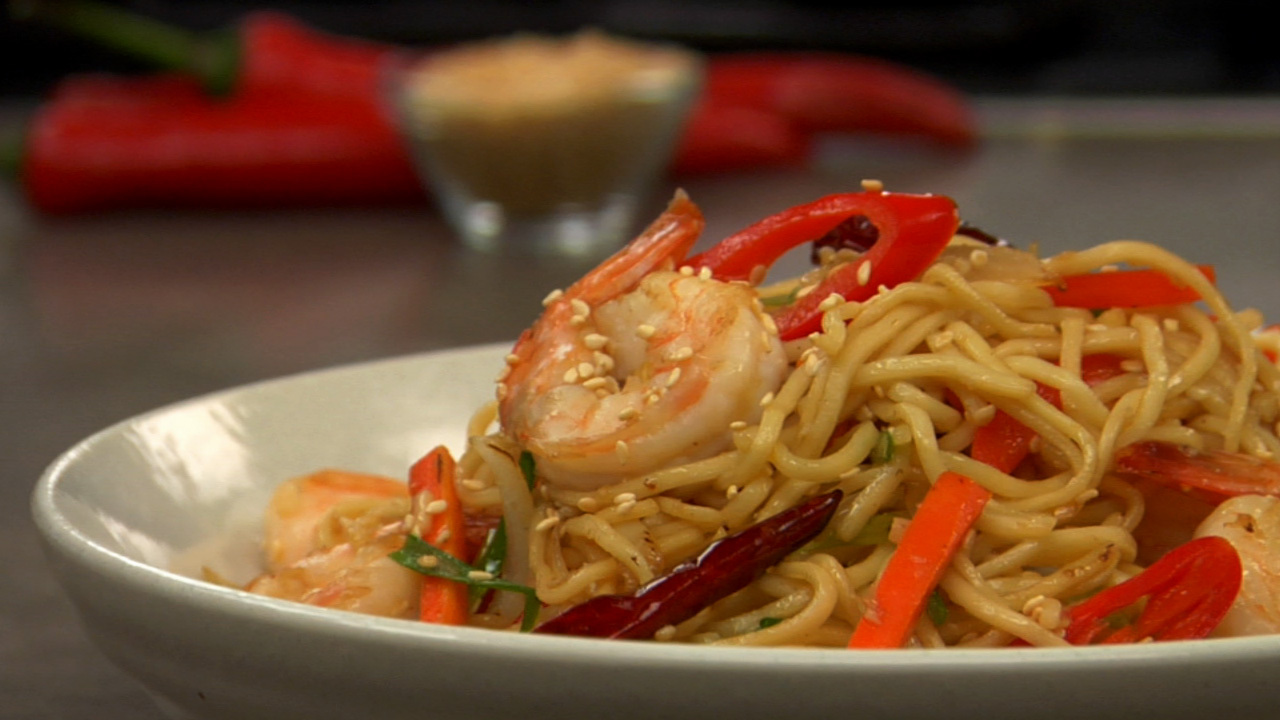 Stir Fried Prawn & Vegetable Chow Mein