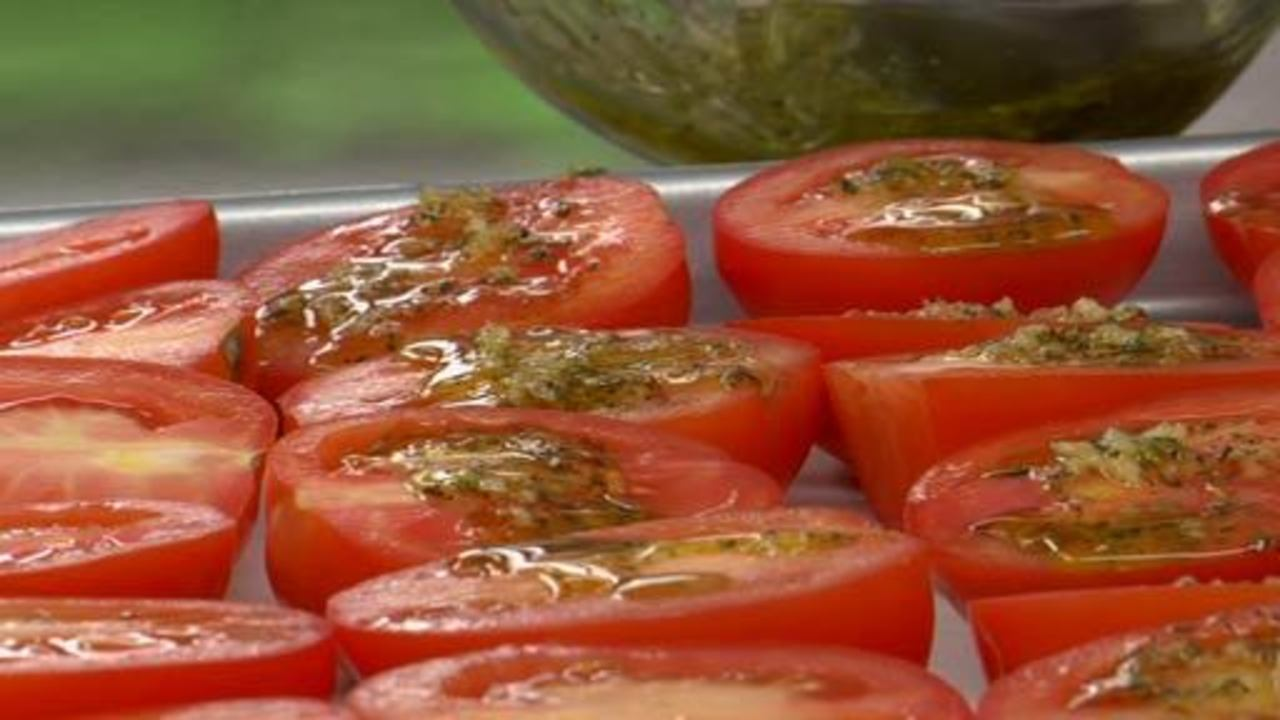 Preparing and Roasting the Tomatoes