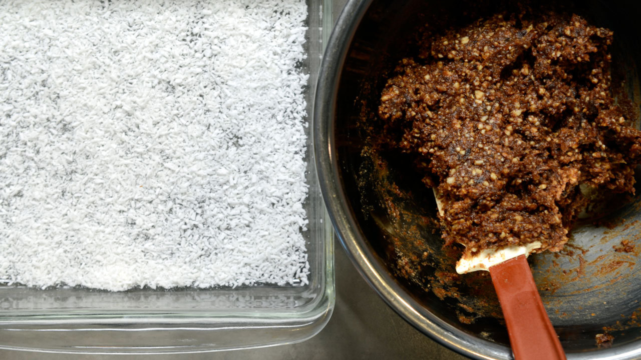 Forming and Serving the Date Squares