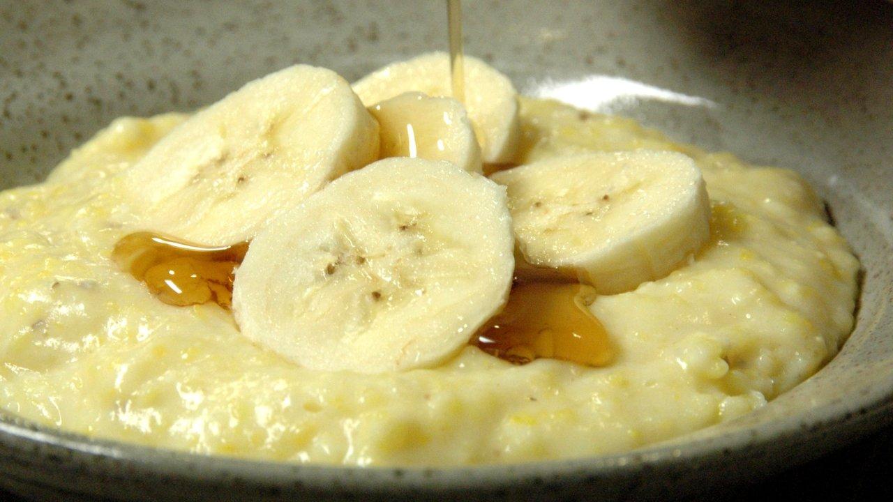 Creamy Polentina W/ Bananas & Maple Syrup
