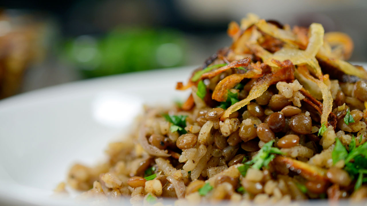 Middle Eastern Lentils & Rice W/ Crispy Onions