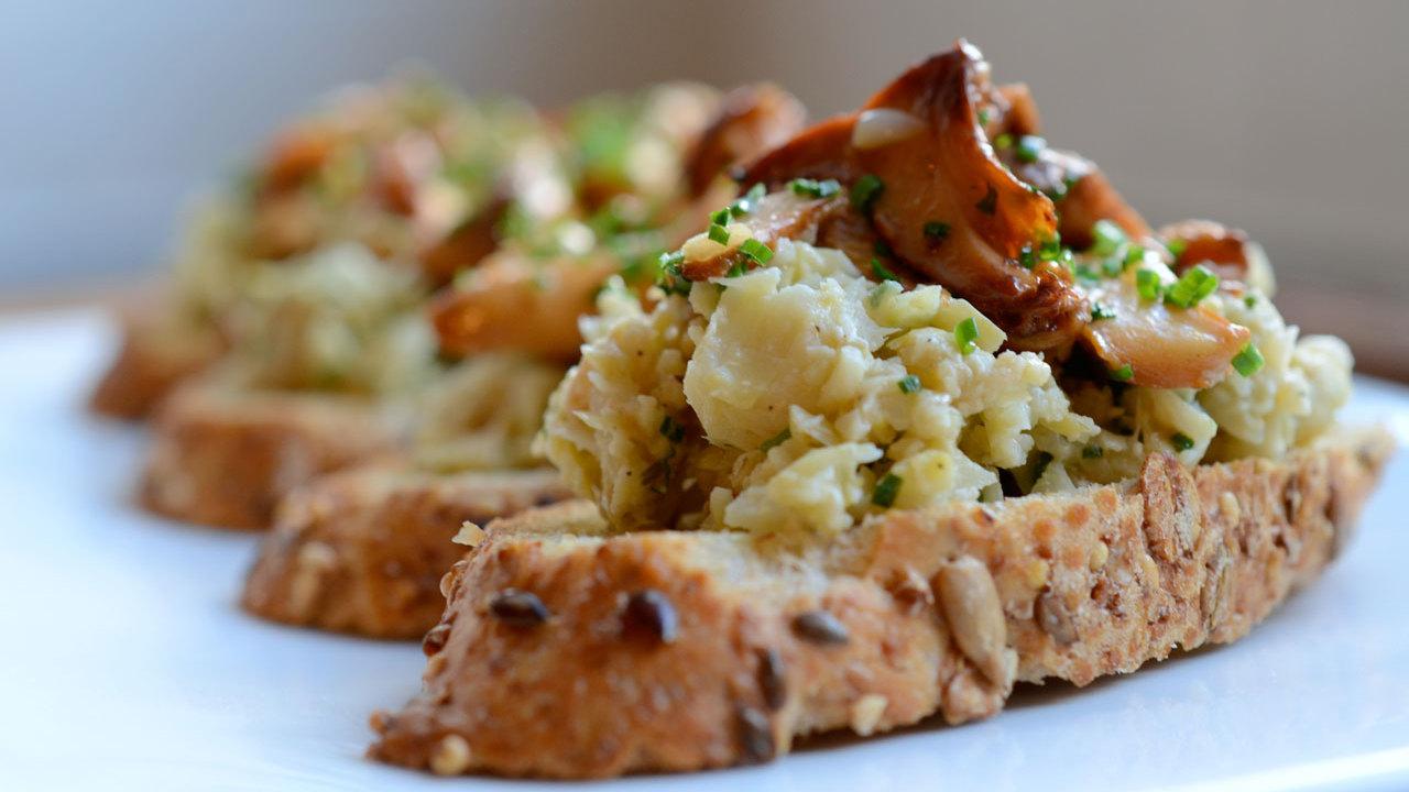 Artichoke & Mushroom Crostini