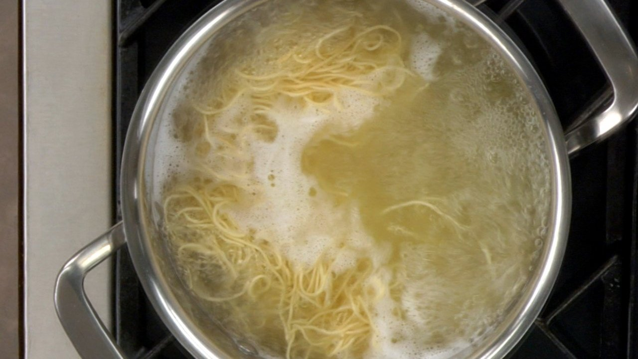 Cooking the Chow Mein Noodles