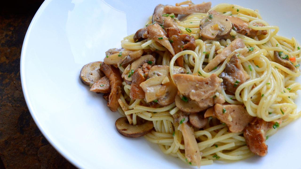 Wild Mushroom & Truffle Oil Pasta