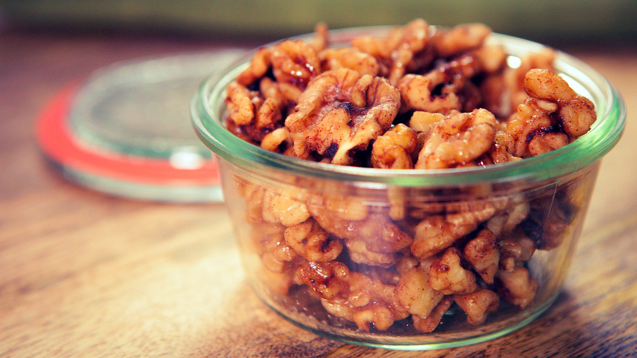 Maple Chipotle Candied Walnuts