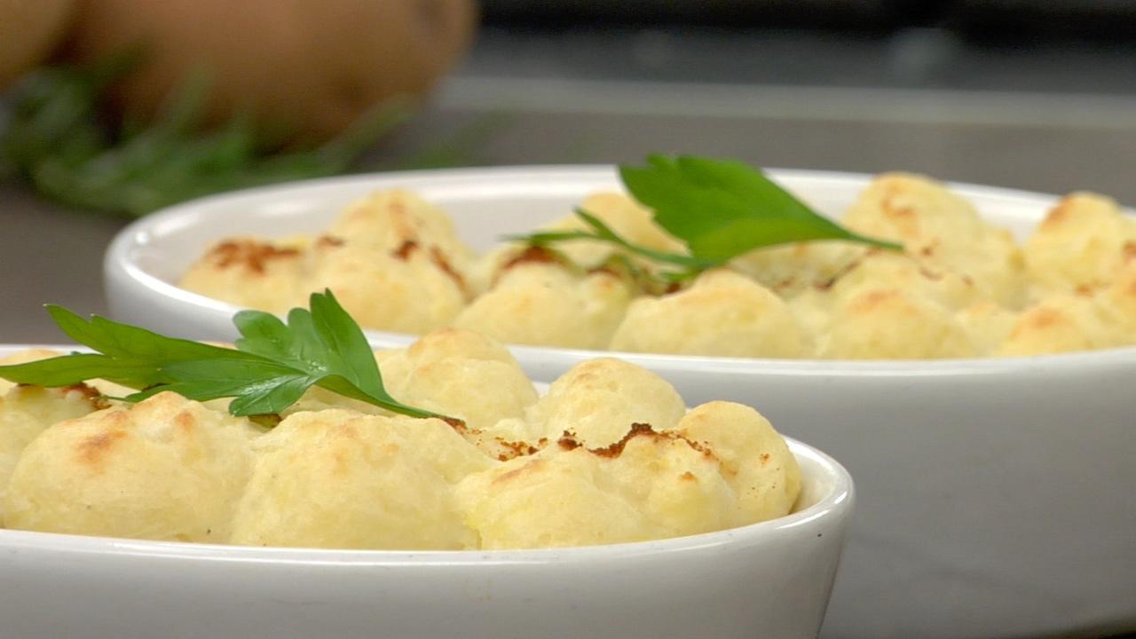 Shepherd's Pie W/ Garlic Mashed Potatoes