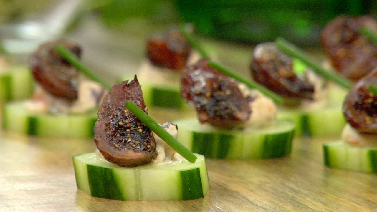 Cucumber Rounds W/ Cashew Cheese Tapenade