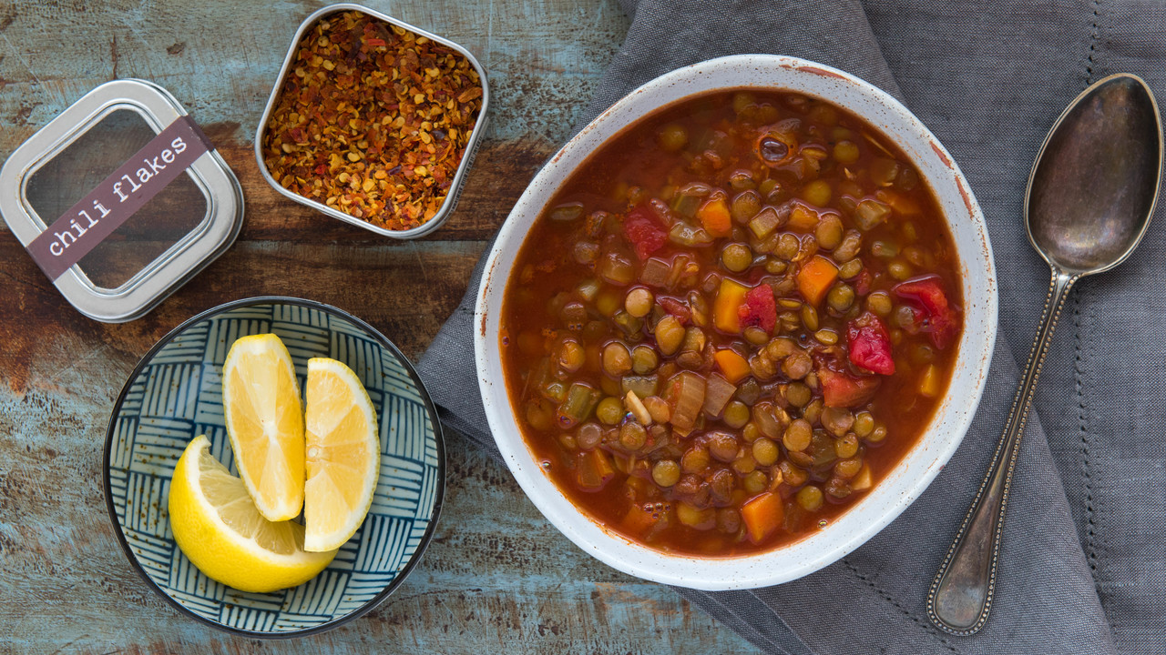 Hearty Tomato Lentil Soup