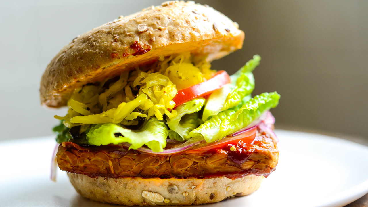Barbecued Tempeh Burger