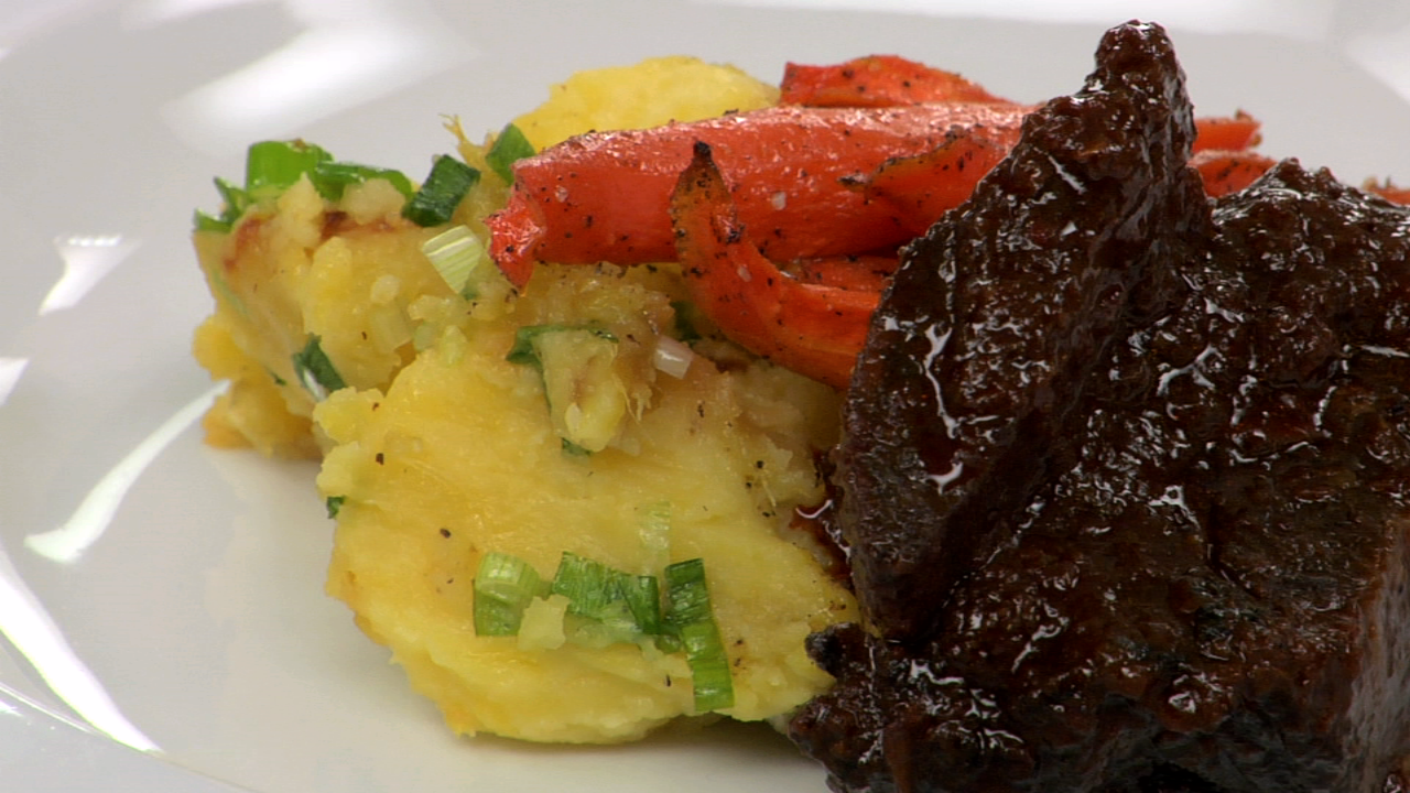 Braised Ancho Chili Beef Short Ribs
