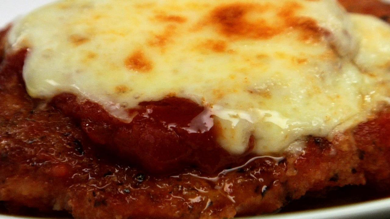 Chicken Parmigiana | Pollo Alla Parmigiana