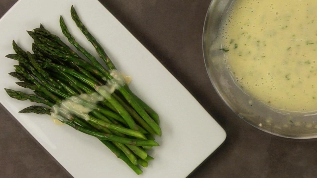 Asparagus With A Tarragon Beurre Blanc