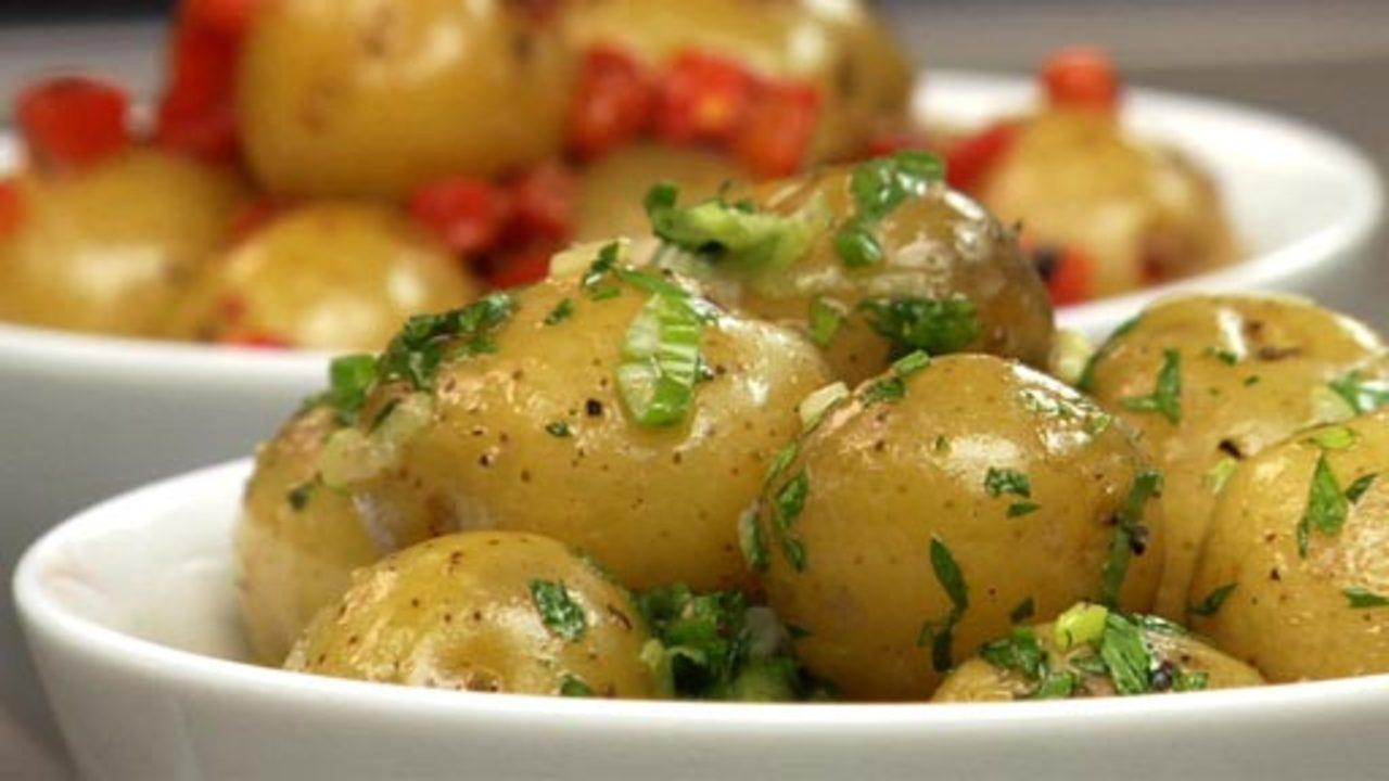 Steamed Potatoes W/ Garlic, Green Onion & Parsley