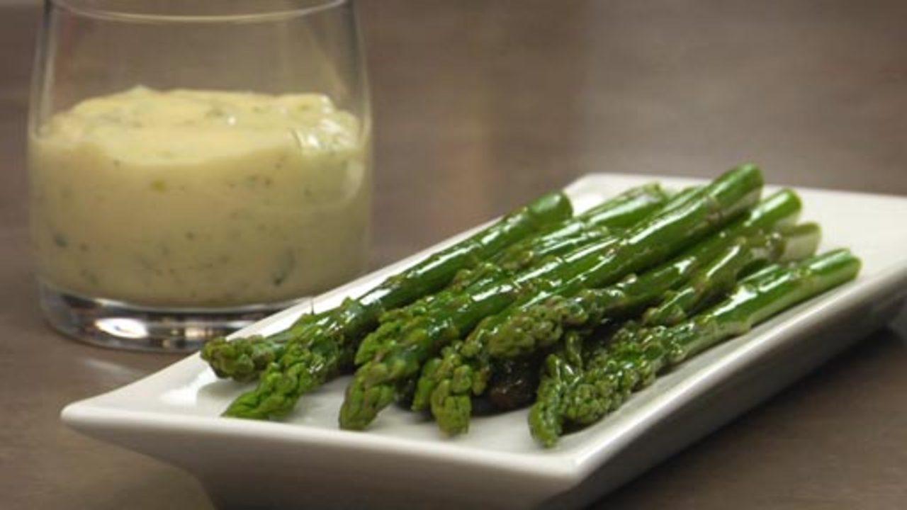 Steamed Asparagus W/ Tarragon Aioli