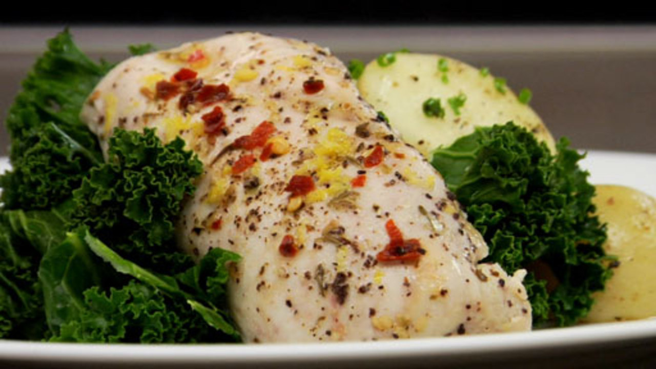 Steamed Lemon Garlic Chicken With Thyme