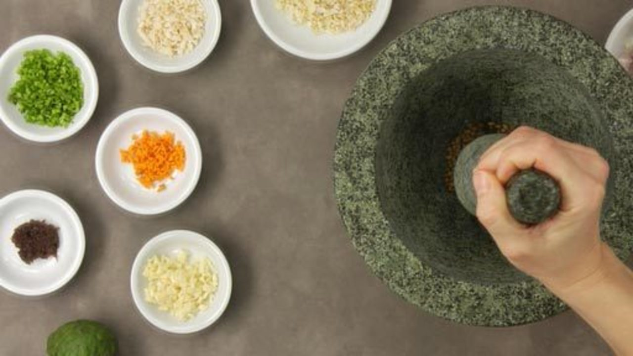 Making the Green Curry Paste