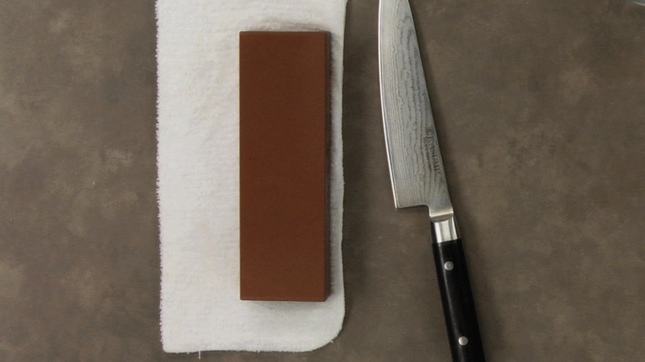 Knife Sharpening w/ a Whetstone