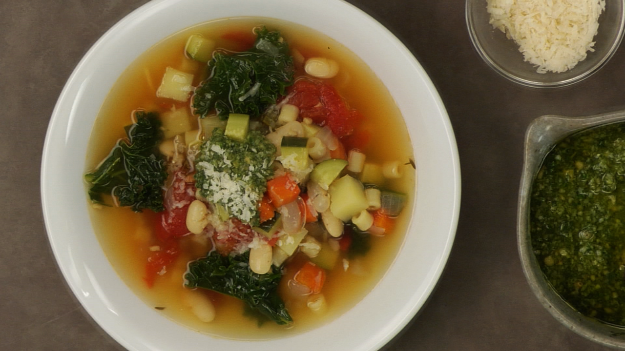 How to Make Stock-Based Clear Soup