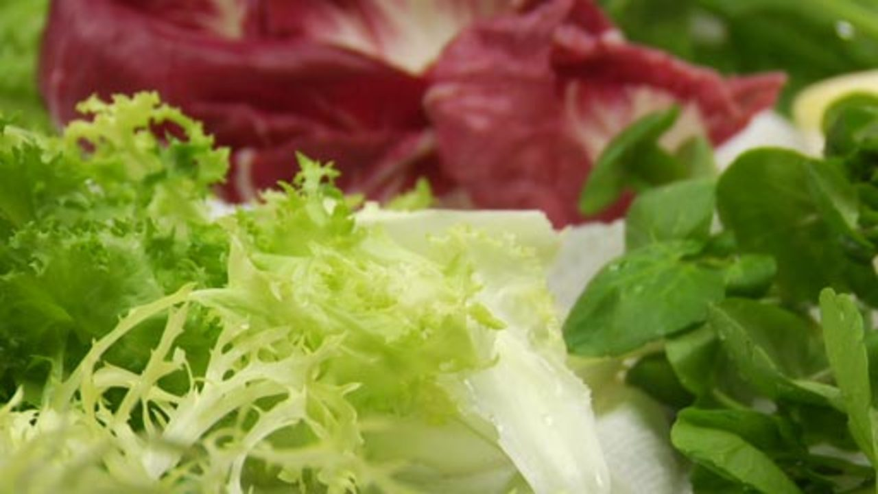 Salad Greens | Selecting & Preparing