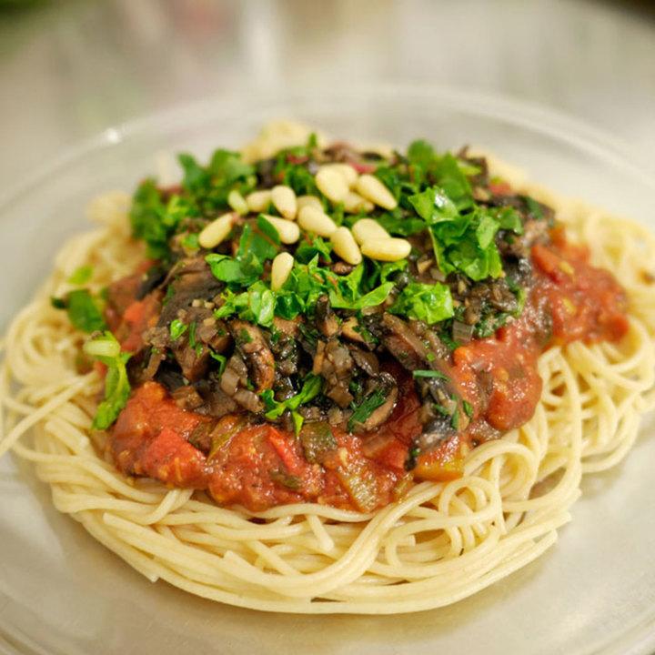 Large spaghetti with mushrooms sm